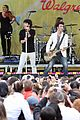jonas brothers central park party 39