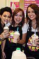 miley cyrus makes milkshake 04