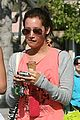 ashley tisdale michalka malibu icecream 11