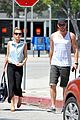 miley cyrus liam hemsworth lunch 12