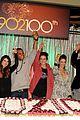 90210 cast celebrate 100 episode 18