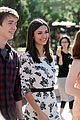 victoria justice thomas mann extra grove 06