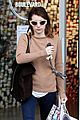 emma roberts camera shopping 01