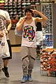 austin mahone miami shopping trip 05