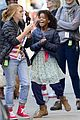 quvenzhane wallis annie set rose byrne 10