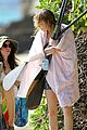 emma stone paddleboarding hawaii 12
