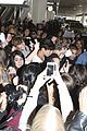 5sos casue fan frenzy at lax 32