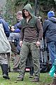 stephen amell dons wig arrow filming 12