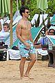 joe jonas shirtless frisbee hawaii 25