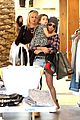 ashley tisdale shopping mikayla jennifer 08