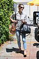ashley greene grab lunch with her mom09