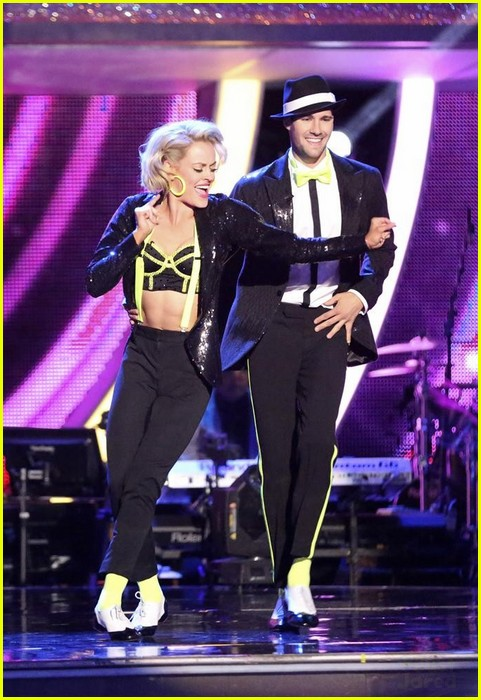 dancing with the stars peta and james are they dating