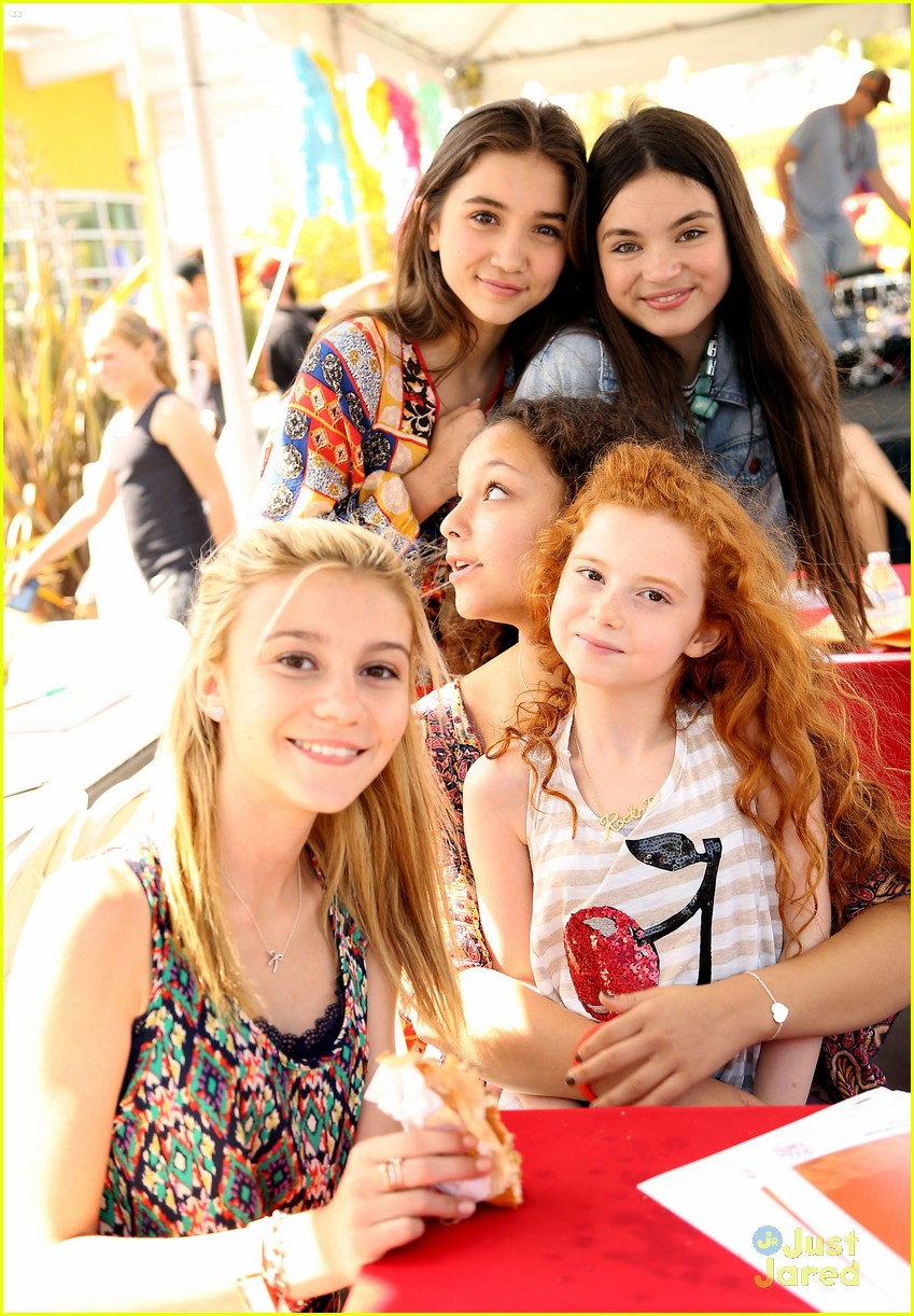 G hannelius hosts art in the afternoon with peyton list more g hannelius hosts art in the afternoon with peyton list more photo 671548 photo gallery just jared jr kristyandbryce Images