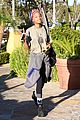 willow smith celebrate life favorite sushi spot 04