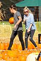 harry styles goes pumpkin picking with erin foster 03