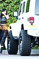 kendall jenner looks modelesque in casual clothes 11