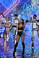 ariana grande ed sheeran victorias secret fashion show 03