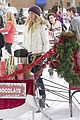 bonnie elena christmas decorations tvd stills 12