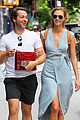 karlie kloss packs plenty of clothes for nyc flight 02