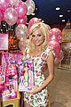 pixie lott steffi dolls hamleys signing 02