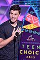 shawn mendes wins 2015 teen choice awards 07