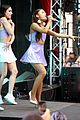 ariana grande focus out october macys event 14