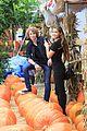 paris berelc will meyers sister stars pumpkin patch 01