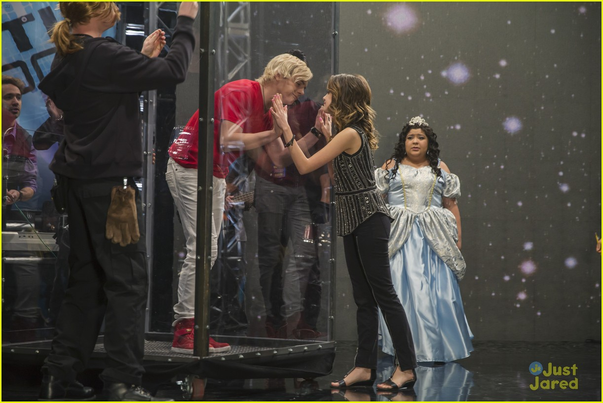 in austin and ally are they still dating