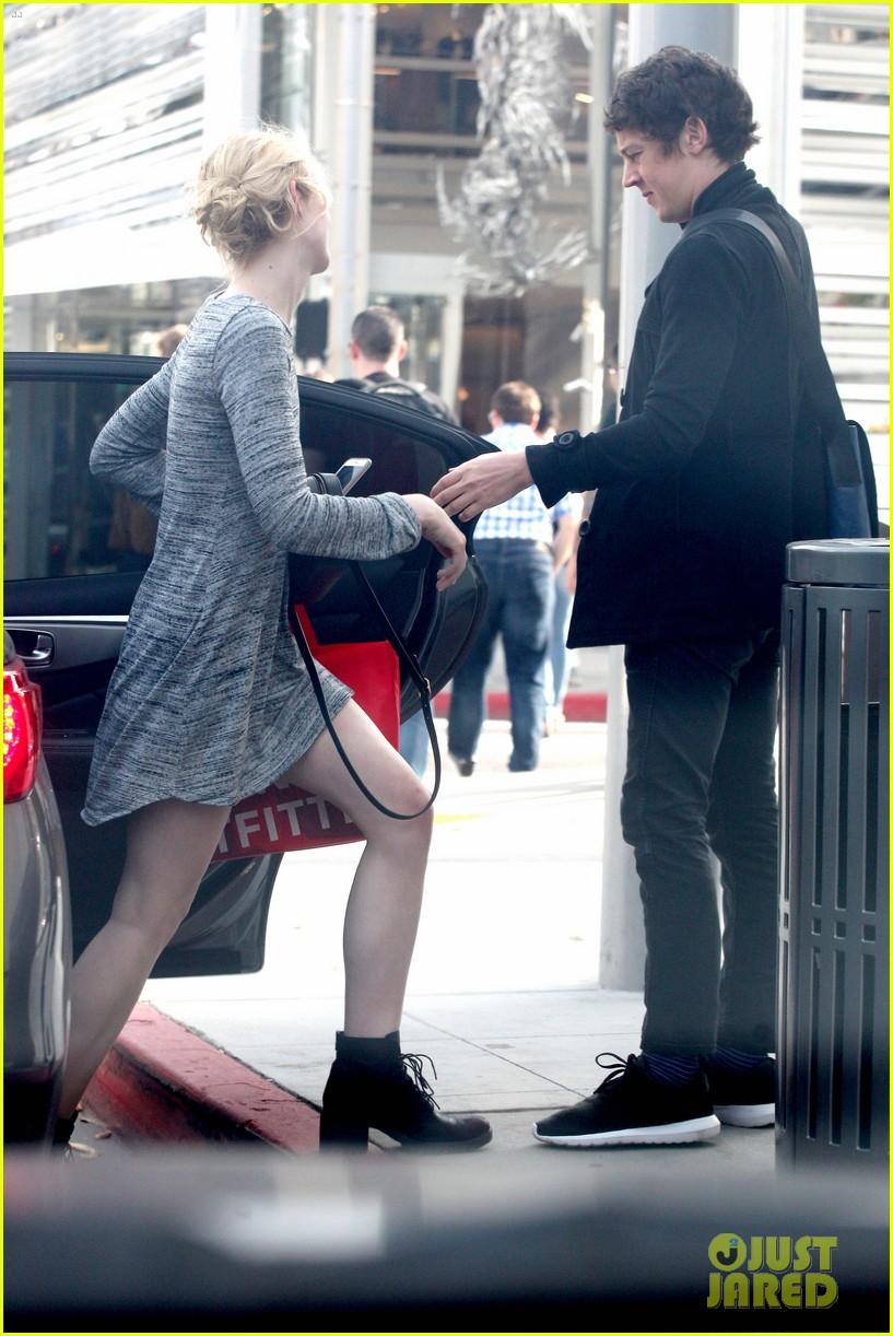 elle fanning boyfriend