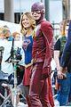 grant gustin melissa wap supergirl crossover 05