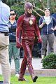 grant gustin melissa wap supergirl crossover 07