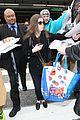 anna kendrick fund maine education programs airport pics 07