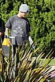 justin bieber plays a morning game of mini golf 33