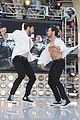 maksim chmerkovskiy flash mob the grove after dwts finale 01