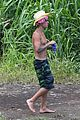 justin bieber shirtless in hawaii 14