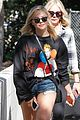 chloe moretz spends the day with her mom202