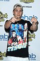 austin mahone celebrates 21 in vegas 01
