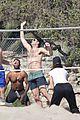 leonardo dicaprio ansel elgort beach volleyball 11