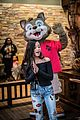 jenna ortega great wolf lodge event 07