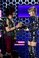 taylor swift sets amas record 03