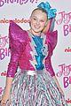 jojo siwa sweet 16 party guests pink carpet 02