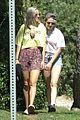 kristen stewart kisses dylan meyer on stroll 22