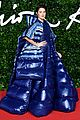 shailene woodley puffer dress fashion awards bella liam maya more 06