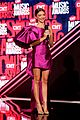 sarah hyland rocks two more looks while hosting cmt music awards 02