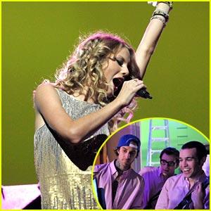 Taylor Swift: Band Hero Boogie