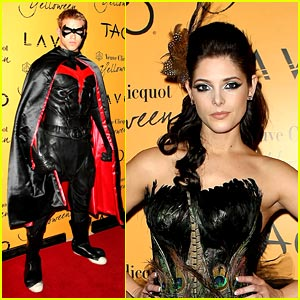 Ashley Greene & Kellan Lutz: Yelloween!