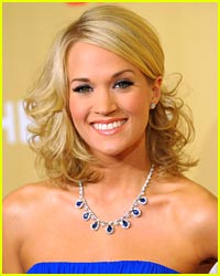 Carrie Underwood Honors Her Heroes
