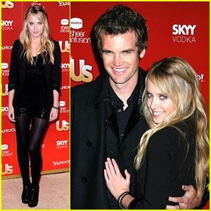 Megan Park & Tyler Hilton: Happy & Hot in Hollywood