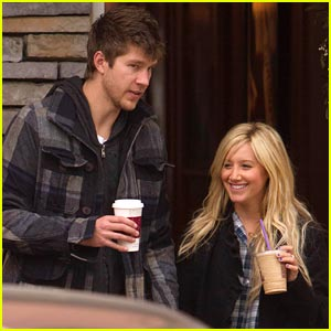 Ashley Tisdale & Scott Speer: Christmas Coffee Couple