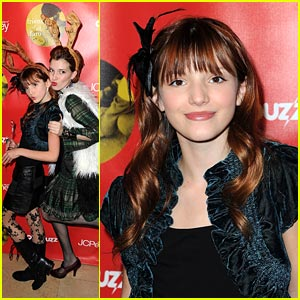 Bella Thorne Knows the Joy of Giving